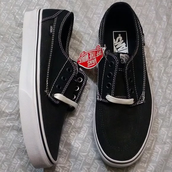 Vans Shoes   Women Size 85 New In Box
